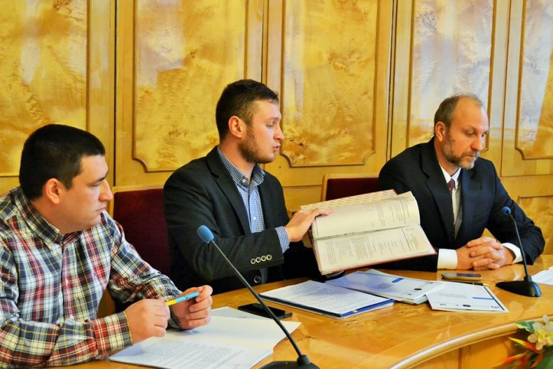 "During the information event in Uzhhorod, the participants presented the results of the monitoring ""Protecting the Rights of Mobilized People, Soldiers and Their Families"" in the framework of human rights ""passportisation"" of the Uzhhorod region."""